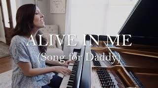Shelly E. Johnson - Alive In Me (2020)