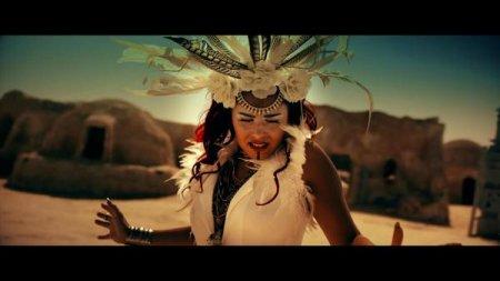 Luyanna feat. Bobby Kimball - La Distancia (2017)