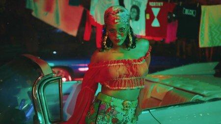 DJ Khaled feat. Rihanna, Bryson Tiller - Wild Thoughts (2017)