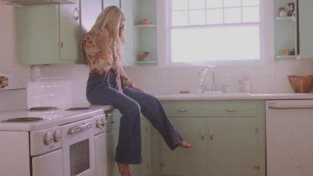Ashley Monroe - Hands On You (2018)