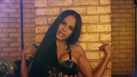 Thalia, Natti Natasha - No Me Acuerdo (2018)