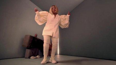 Kanye West & Lil Pump ft. Adele Givens - I Love It (2018)