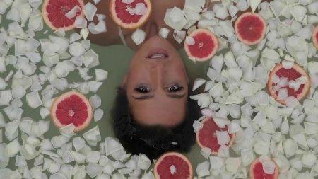 Belen Aguilera - Tus Monstruos (2018)